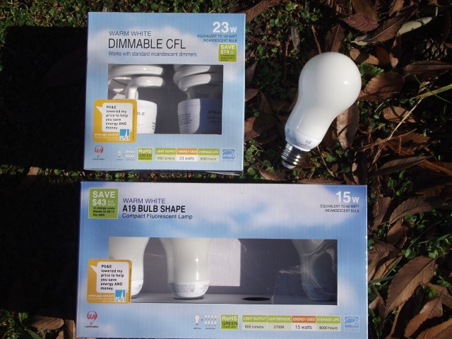 ULA CFL Bulbs 23W Dimmable and 15W A19