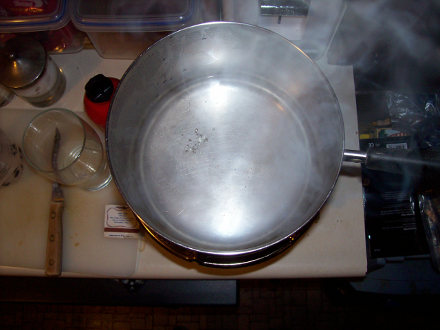 8 inch pot 'at the boil' on Butterfly Stove